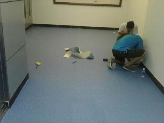 Vinyl Sheet Flooring Installation